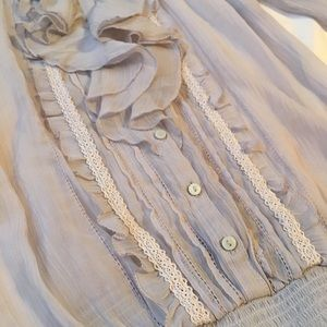 Women's Abercrombie and Fitch Top Small